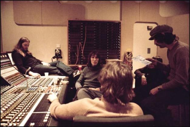 Pink-Floyd-Studio-626x419